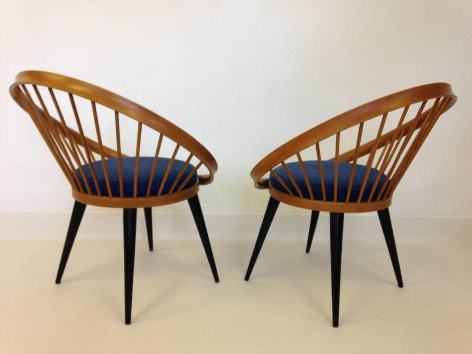 A pair of circle chairs by Yngve Ekstrom