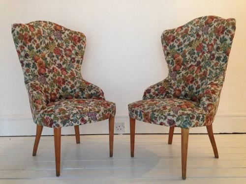 A pair of 1950s Italian chairs