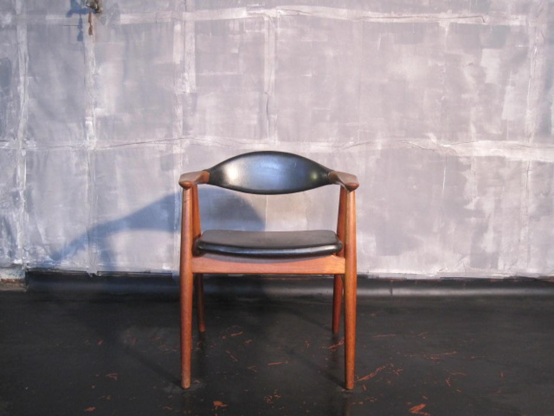 Teak armchair by Erik Kirkegaard