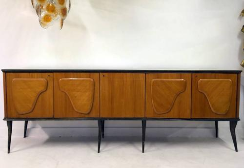 1950s Italian sideboard with glass top