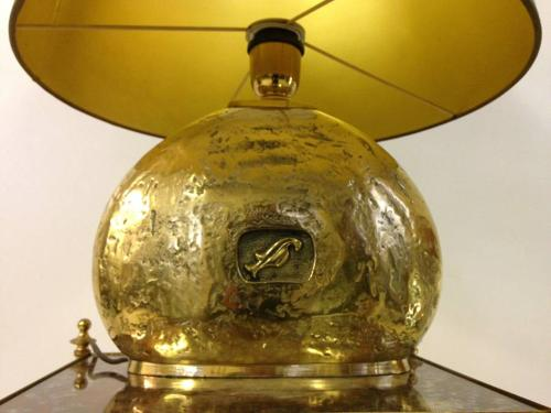 Italian gilt bronze table lamp