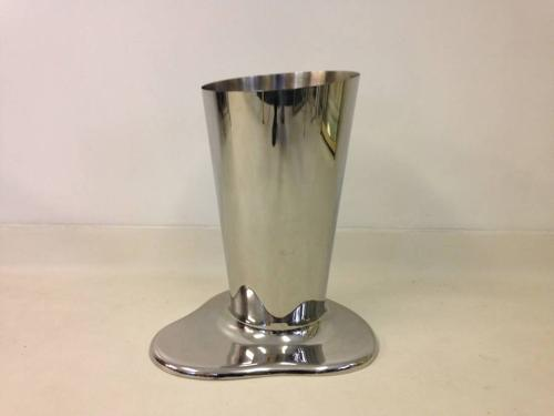Puddle umbrella stand by Front design