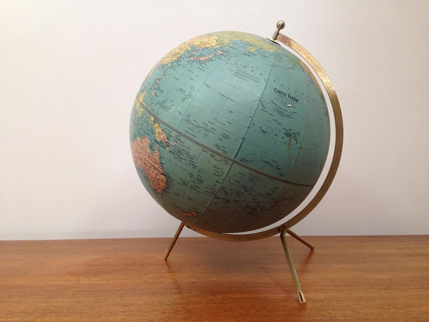 French Mid Century globe by Cartes Taride