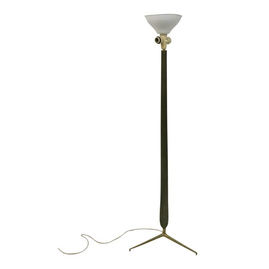 A 1950s Italian wood and brass floor lamp