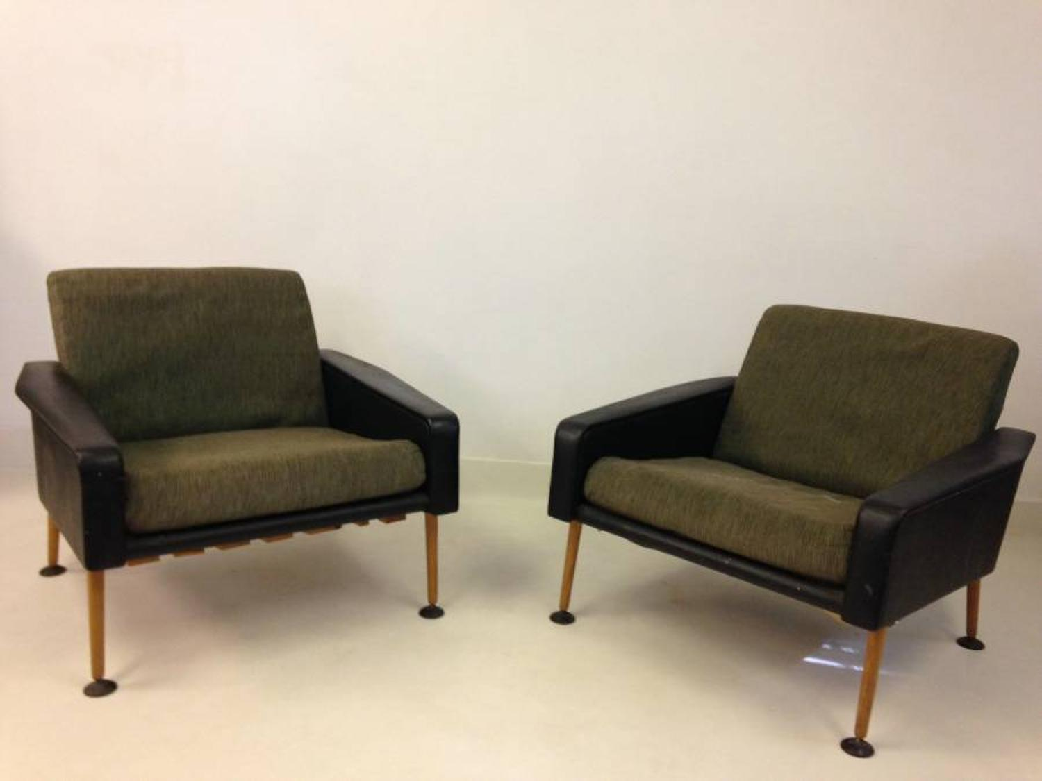 A pair of 1950s armchairs by Ernest Race