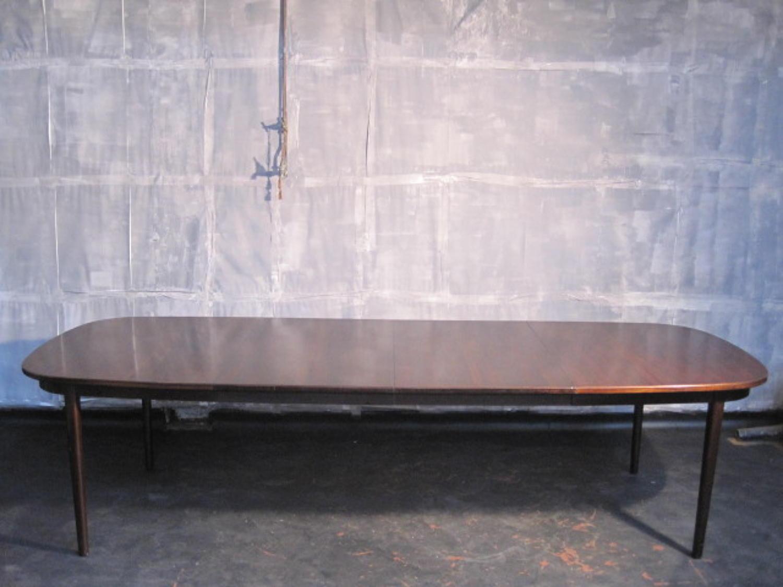 Rosewood dining table by Uldum Mobelfabrik
