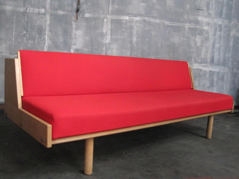 GE-258 sofabed by Hans J Wegner