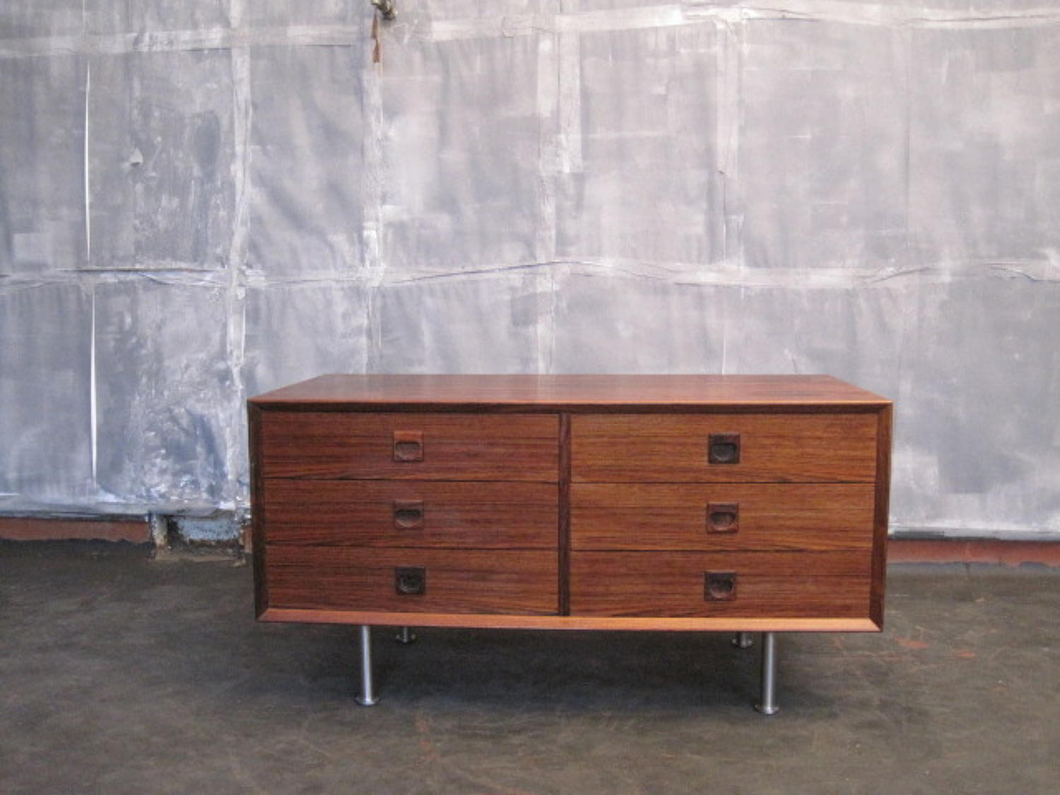 Rosewood chest of drawers by Brouer