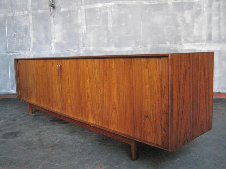 Danish rosewood sideboard by Arne Vodder