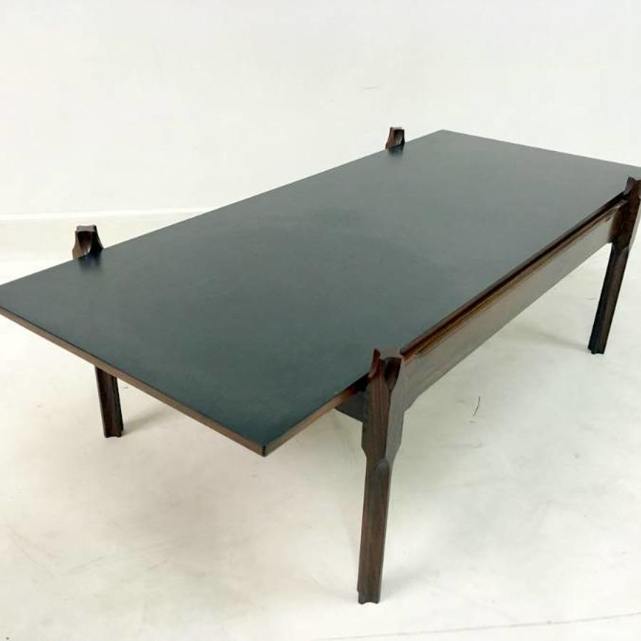 Italian rosewood coffee table with reversible top