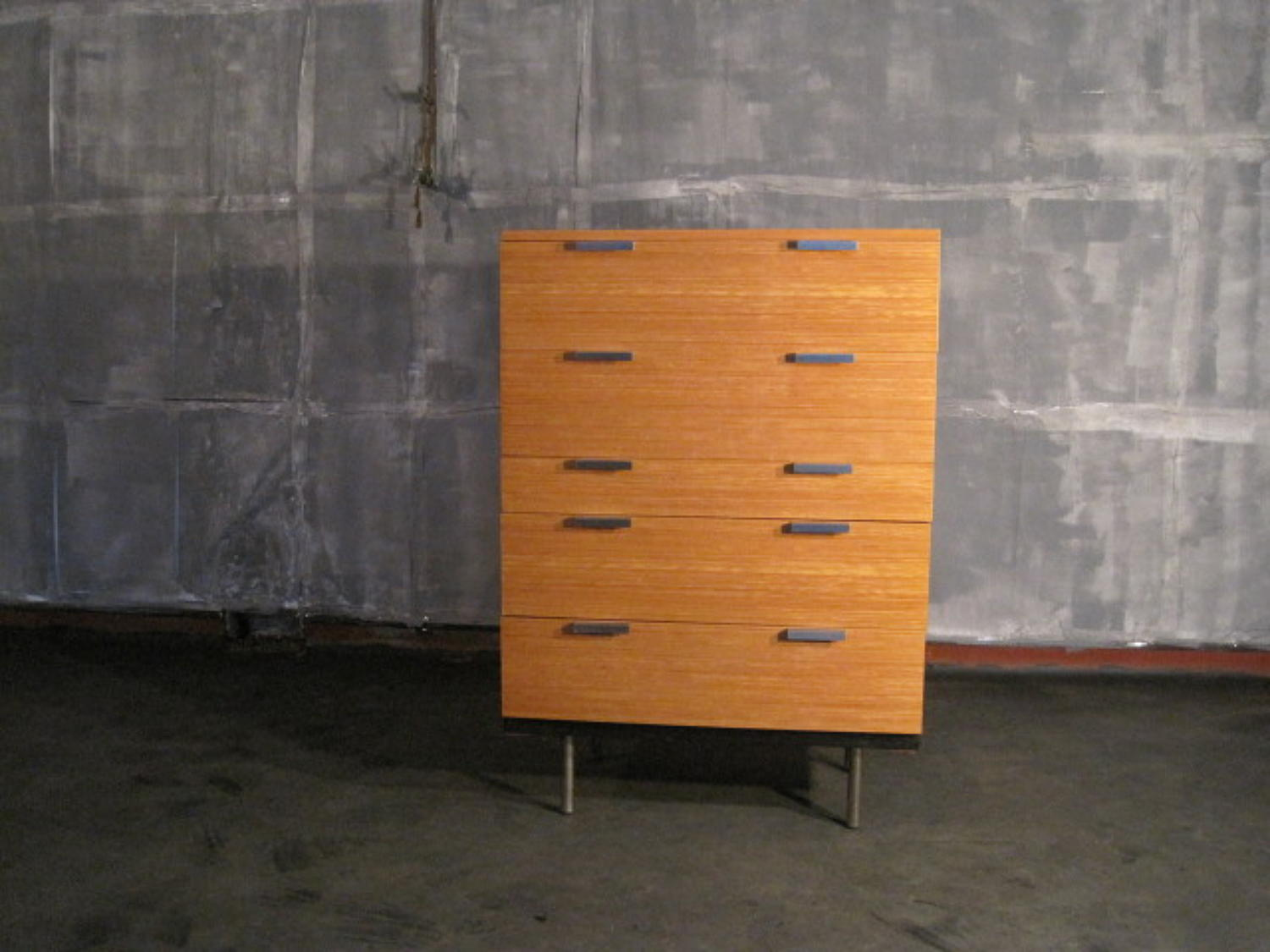 Stag Fineline chest of drawers