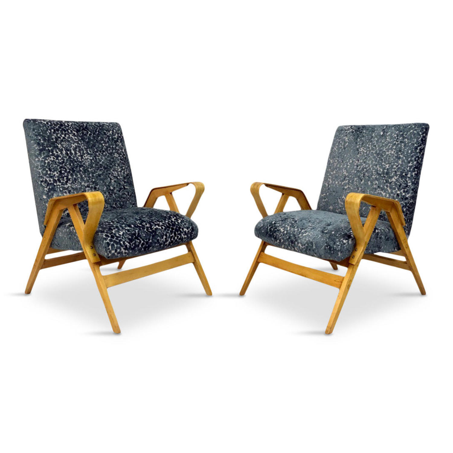 A pair of Mid Century bentwood armchairs by Tatra