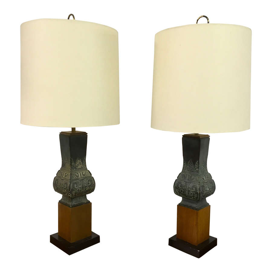 A pair of Mid Century ceramic chinoiserie style table lamps