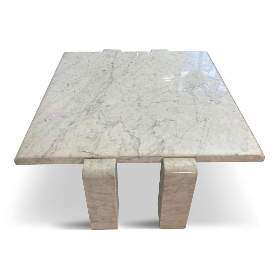 1970s Italian Coffee Table in Carrara Marble