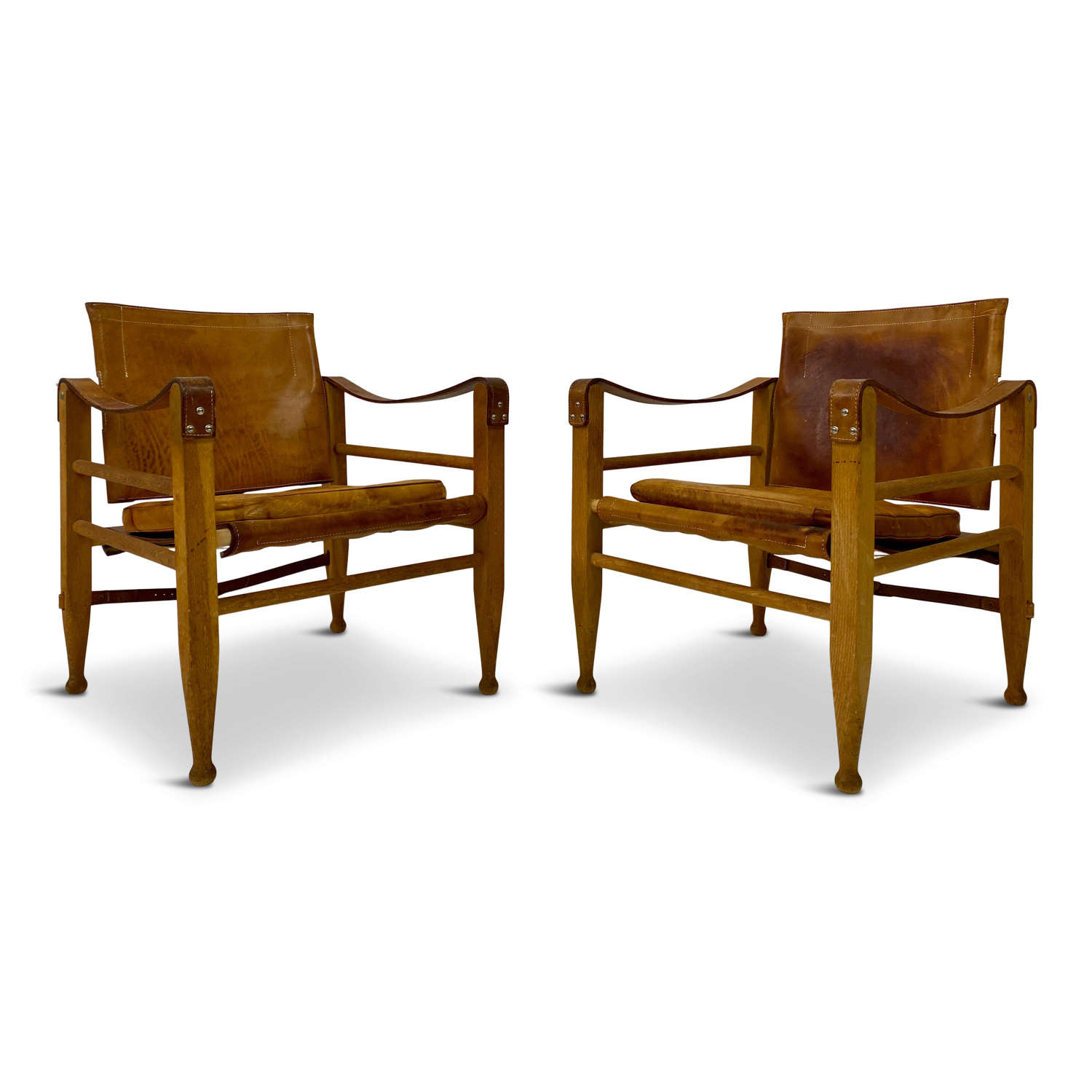Pair of 1970s Safari Chairs in Oak and Leather